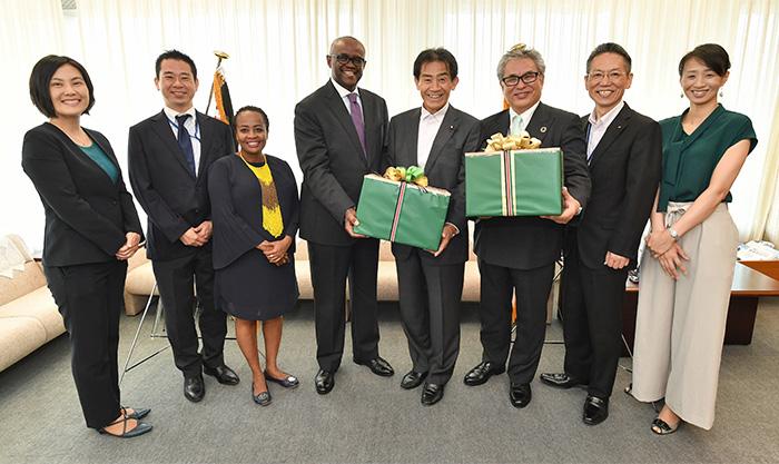 西日本豪雨被災者支援:ケニア政府より紅茶2トン。あたたかい応援の気持ちとともに届けます!